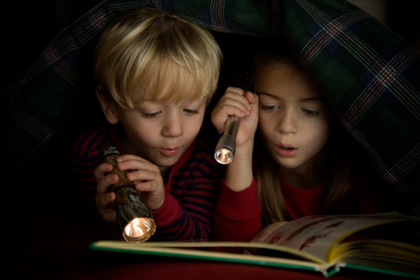 8 ways to survive a power outage with kids